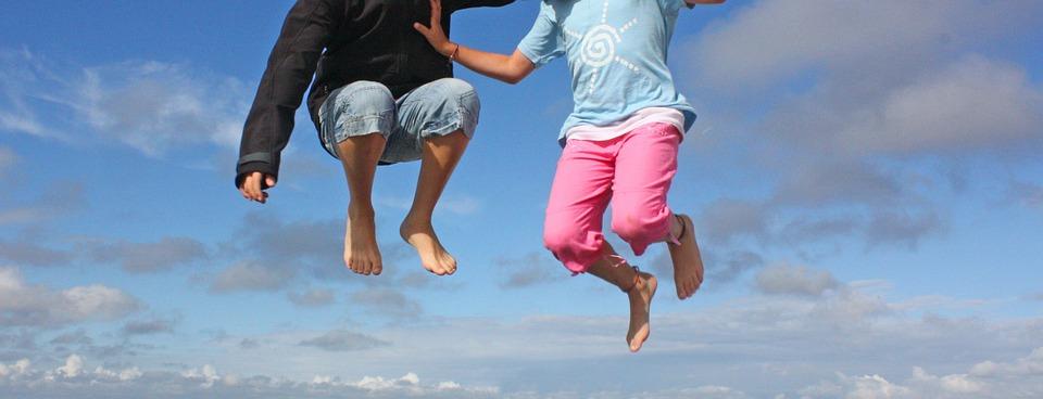 jump-389733_960_720.jpg