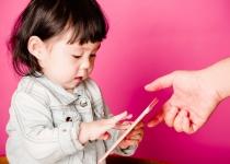 9살 이하 20.7%가 '스마트폰 과의존 위험군'…점점 늘어