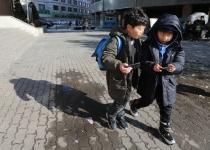 [부모가 알아야 할 디지털] 우리 아이 스마트폰에는 누구 사진이 있을까?