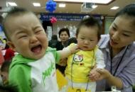 한방육아의 십계명 - (6) 아이가 심하게 울 때 젖을 먹이지 말아야